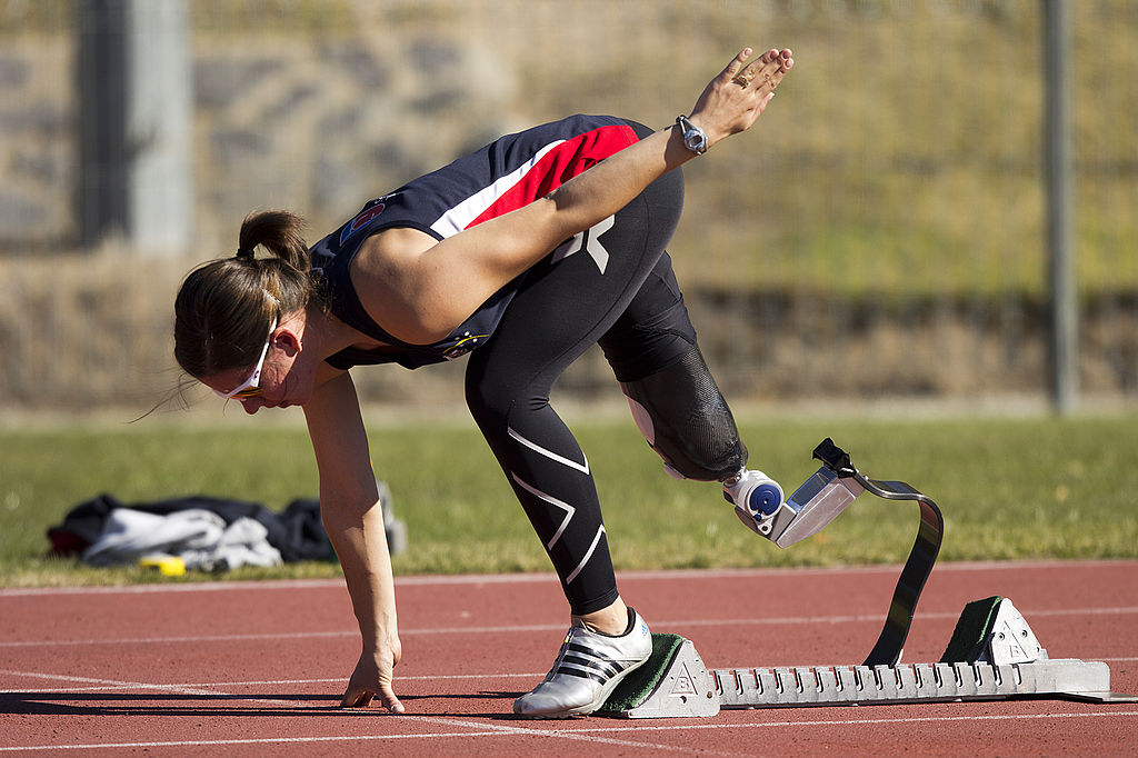 1024px-Paralympic_athlete_Michelle_Errichiello_at_the_AIS_Track_and_Field